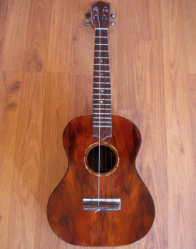 curly-koa-wood-ukulele-1009