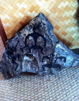 hawaiian-dancers-lava-sculpture